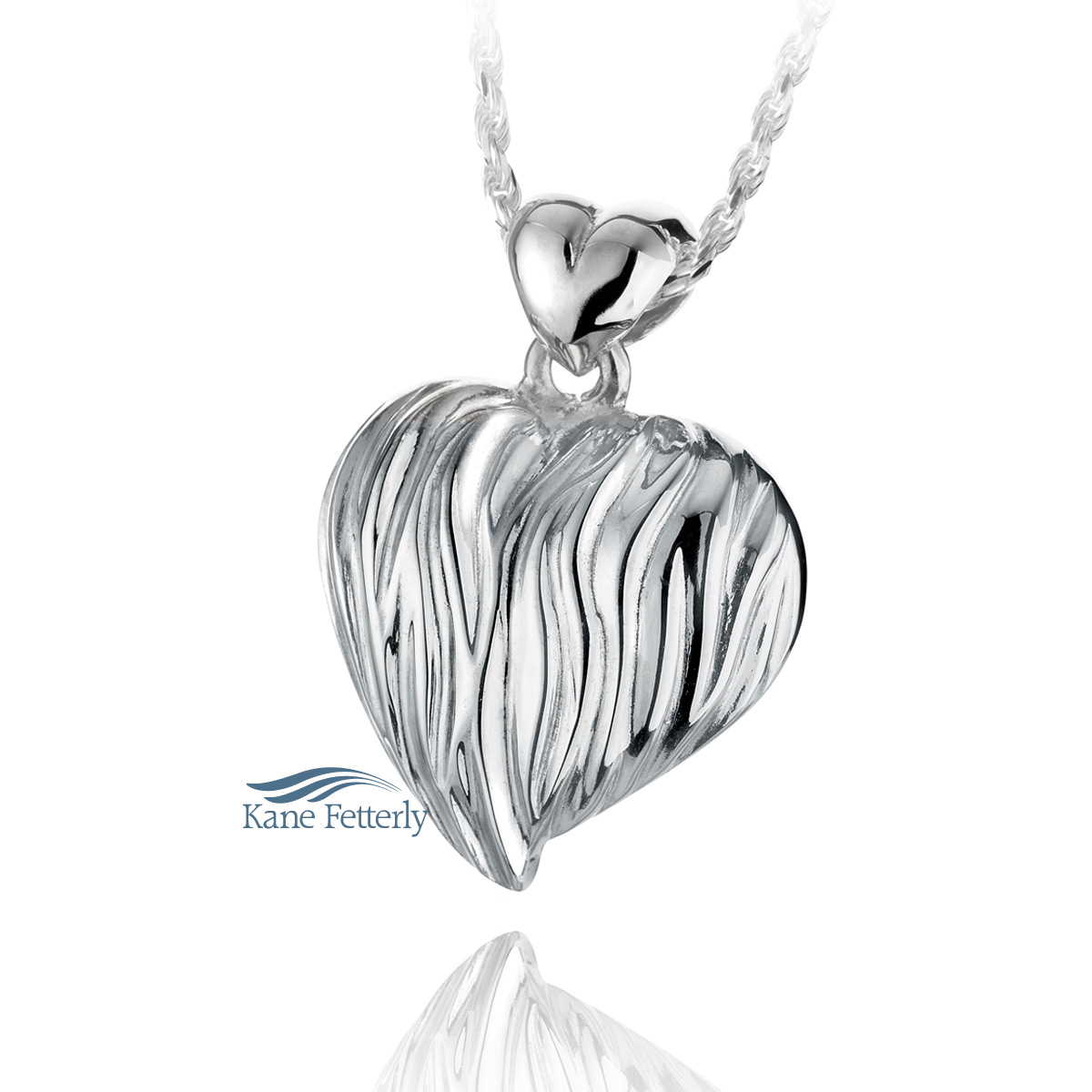 J0210 Heart pendant in sterling silver