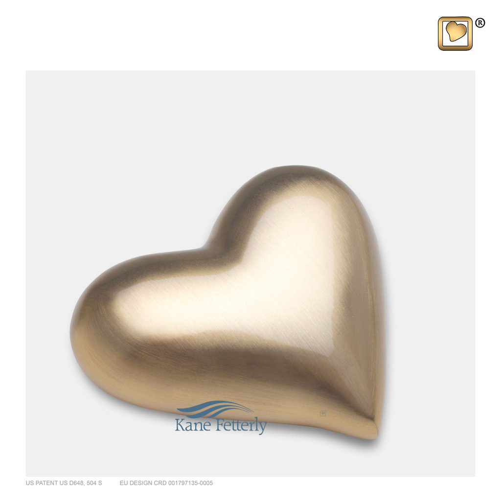 U8804K Brass heart miniature urn