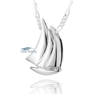 Sail Boat - sterling silver pendant