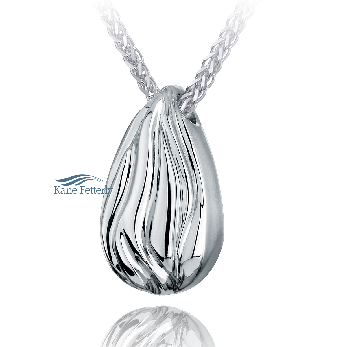 J0125 Teardrop pendant in sterling silver