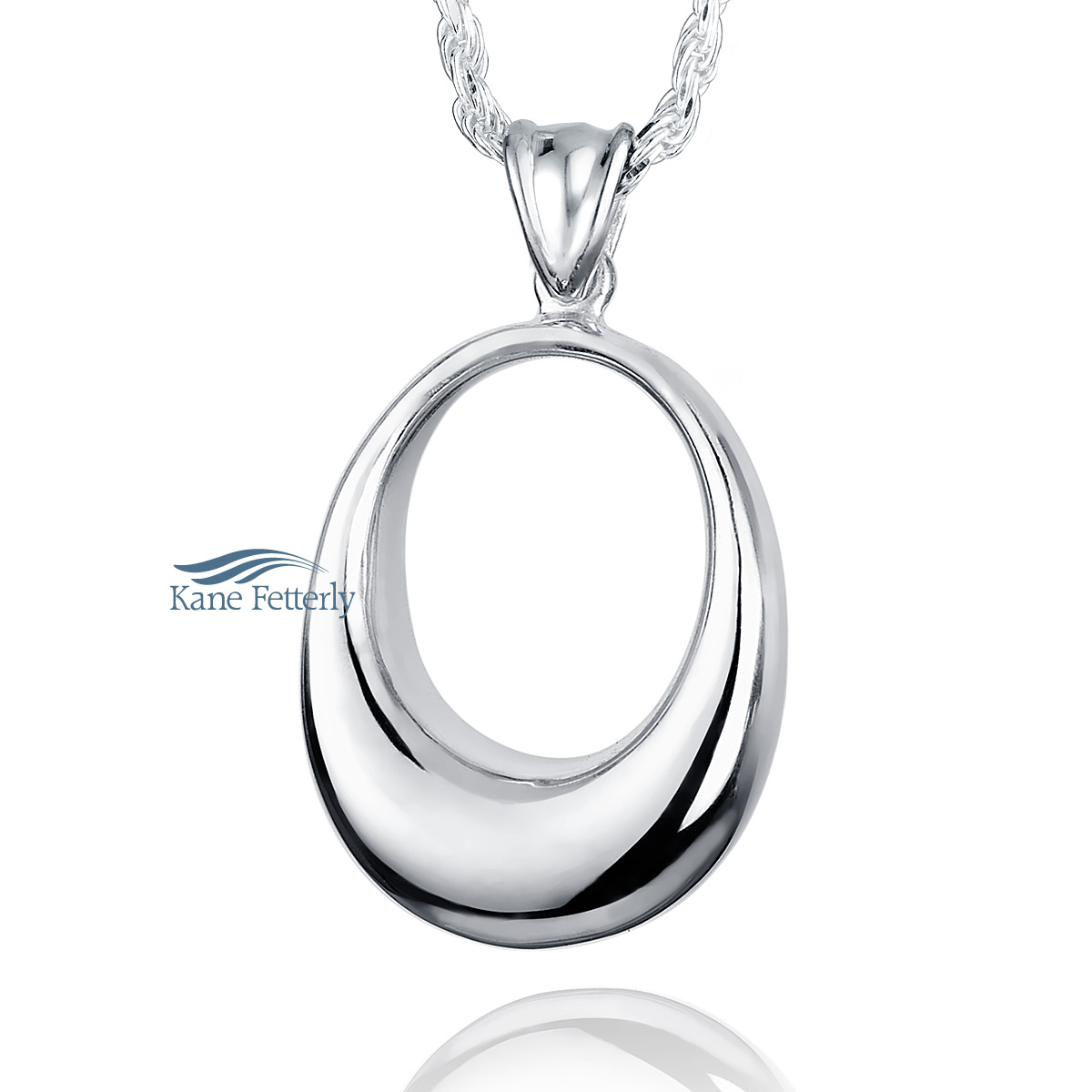 J0131 Oval pendant in sterling silver