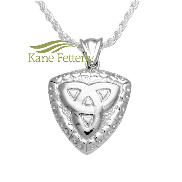 J0143 Celtic trinity knot pendant in sterling silver