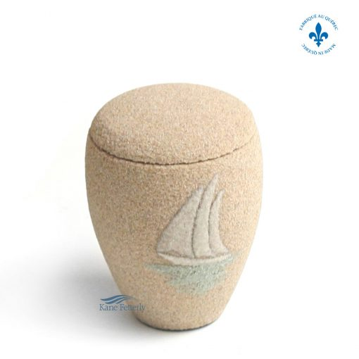 Sand miniature urn with sailboat