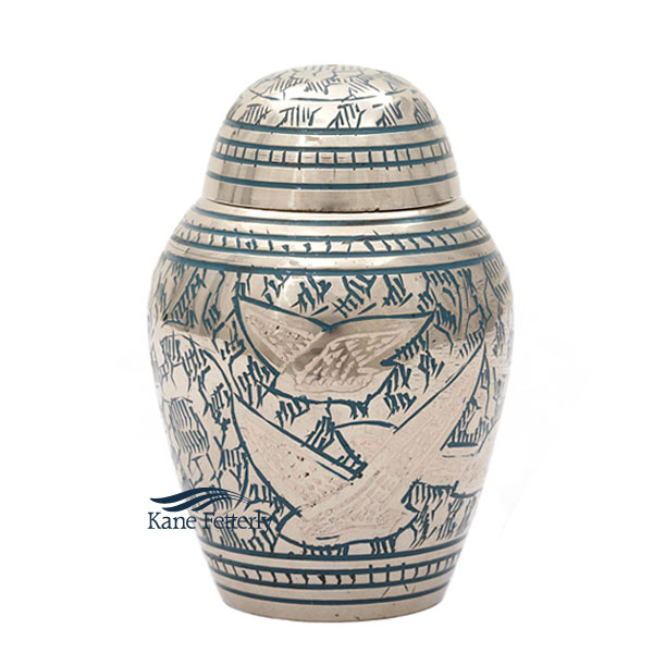 U8614K Miniature urn with flying doves