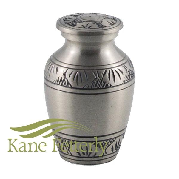 U8661K - Urne miniature fini �tain avec feuilles
