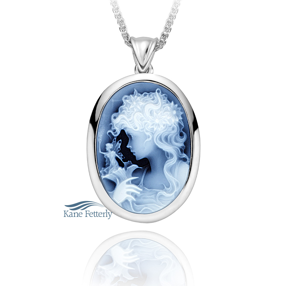 J0100 Cameo pendant in sterling silver