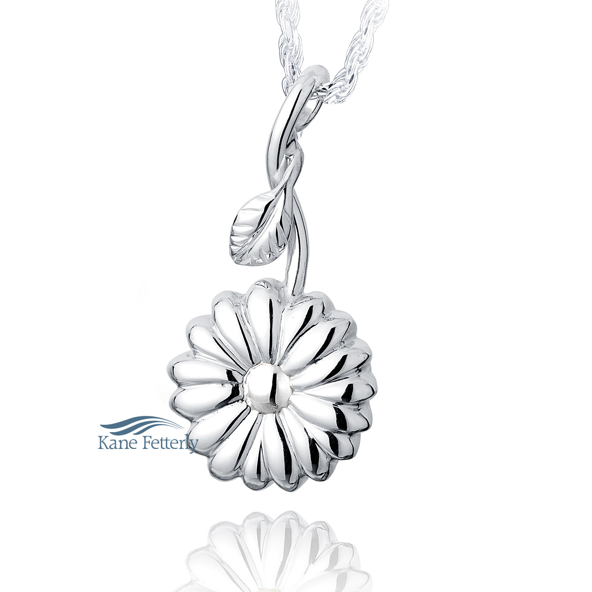 J0181 Sunflower pendant in sterling silver