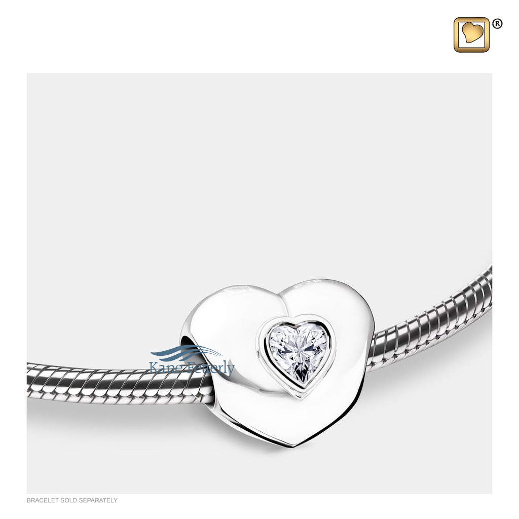 J0247 Heart bead with clear crystal