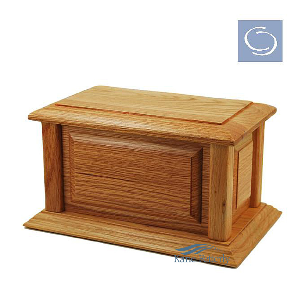 U4513 Solid oak urn