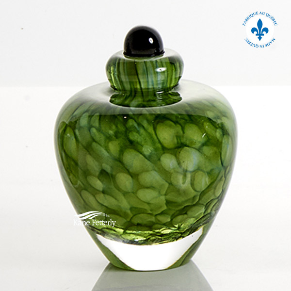 U8203K Green hand-blown glass miniature urn