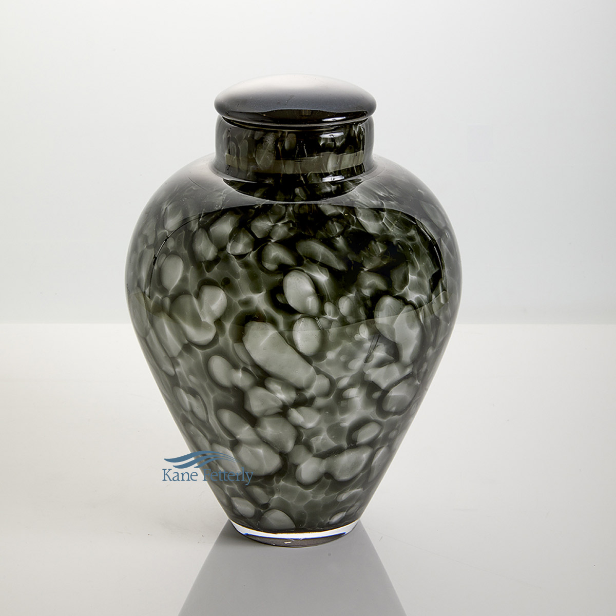 U8205 Grey hand-blown glass urn