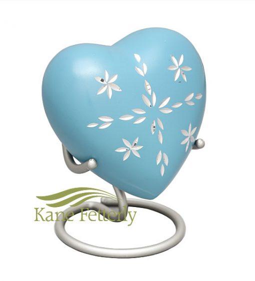 U8403H Sky blue aluminum heart