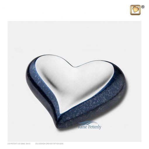 Urne miniature en coeur en laiton bleu, finition mouchetée et dessus argenté, fini brossé.