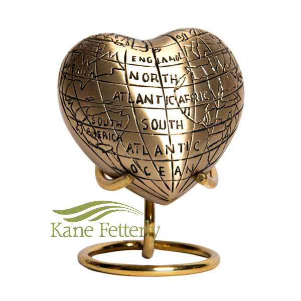 U8692H Heart with world map motif