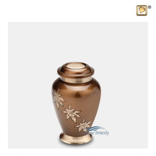 U8712K Brass urn with gold leaves