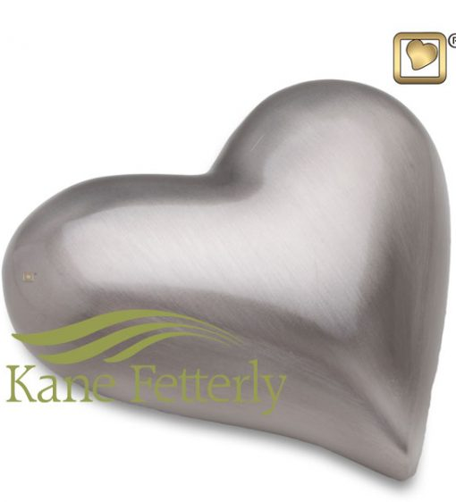 U8805K Brass heart miniature urn