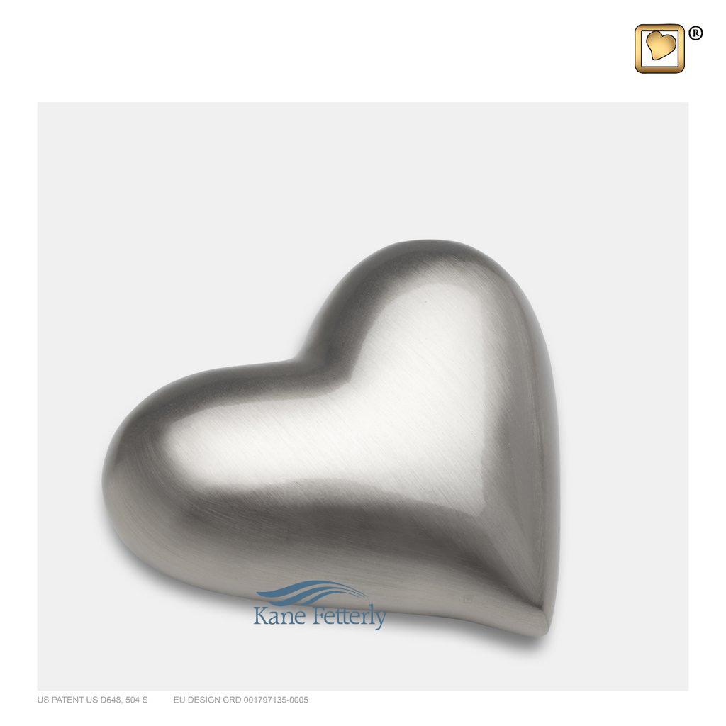 U8805K Brass heart miniature urn