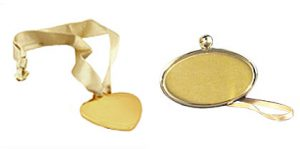 Gold pendants for urns